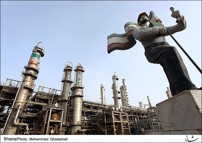 تأثیر اقتصاد نفت بر بافت شهری و فرهنگ شهر آبادان